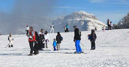Winterliche Landschaft in Vigo di Fassa